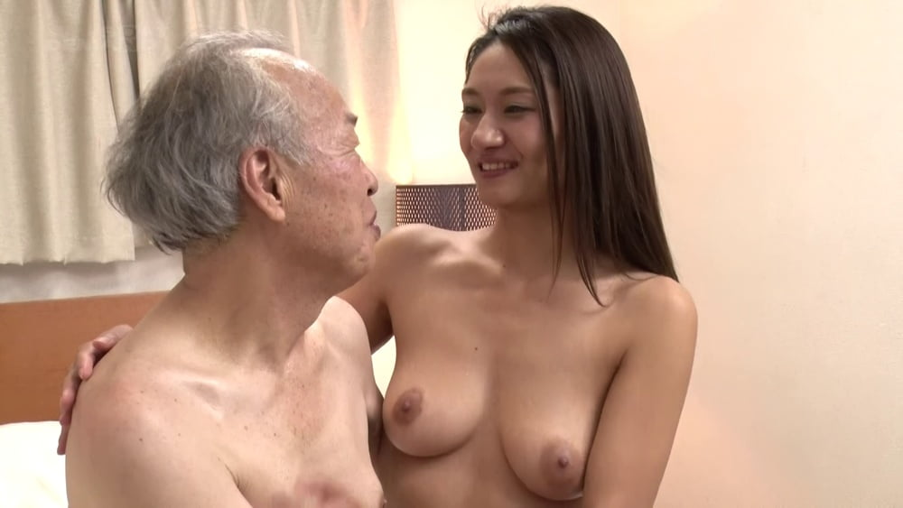 Old and young Asians - 21 Pics