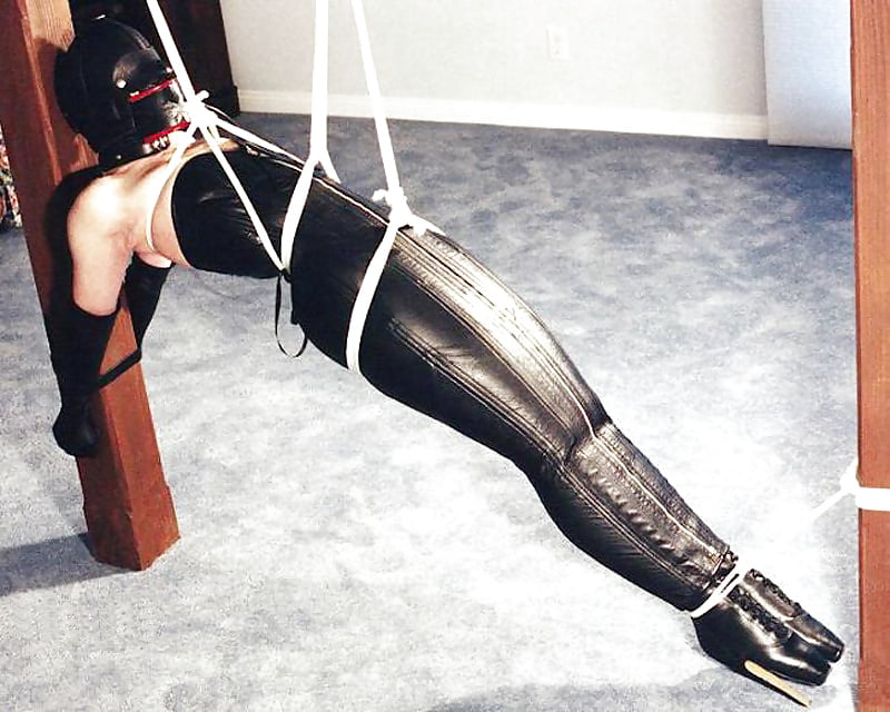 Hot Anal Whore In Tight Corset Disciplined In Slave Positions