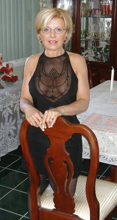 granny mature nana looking sexy non nude
