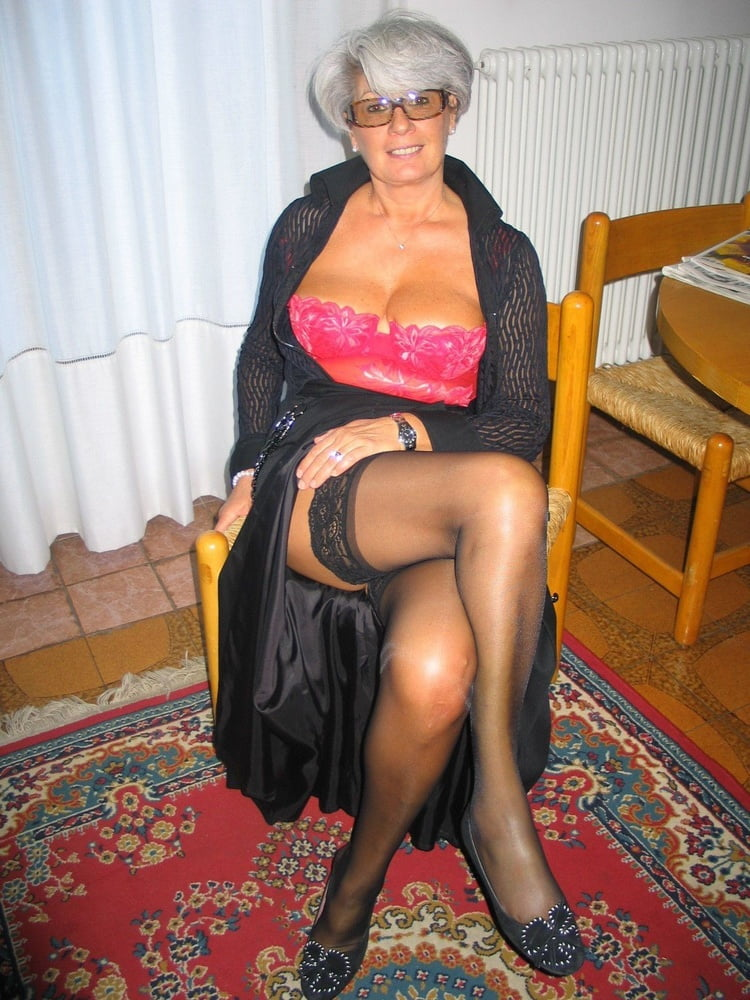 Granny Stockings Com