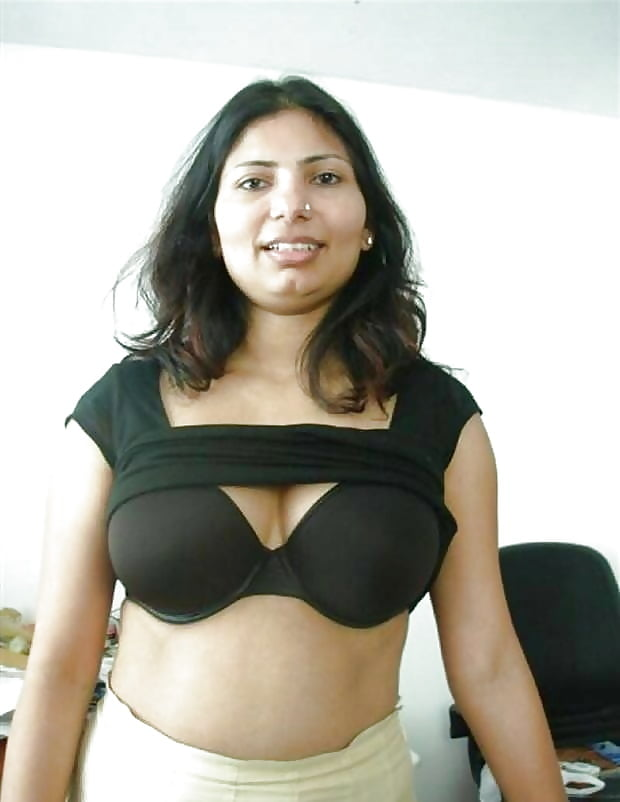 Indian bra boobs