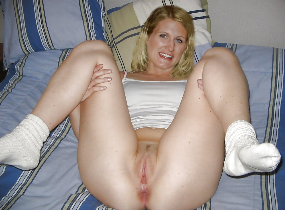 Girles white pussy pics at home black