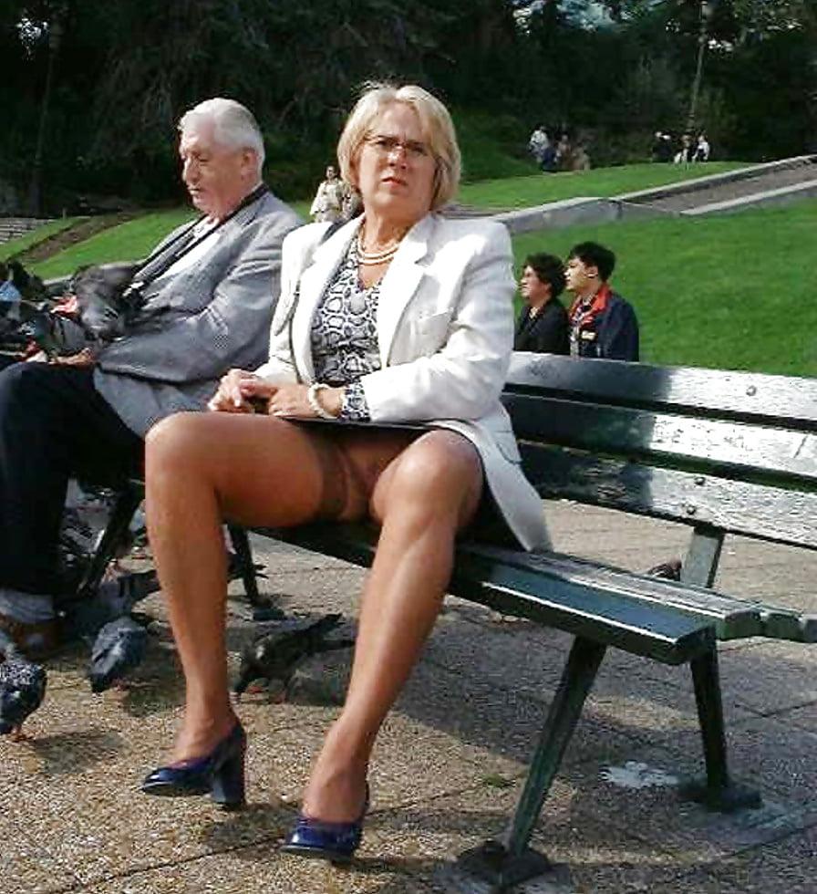Granny Voyeur Upskirt