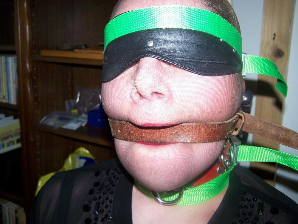 Blindfolded- 10 Pics