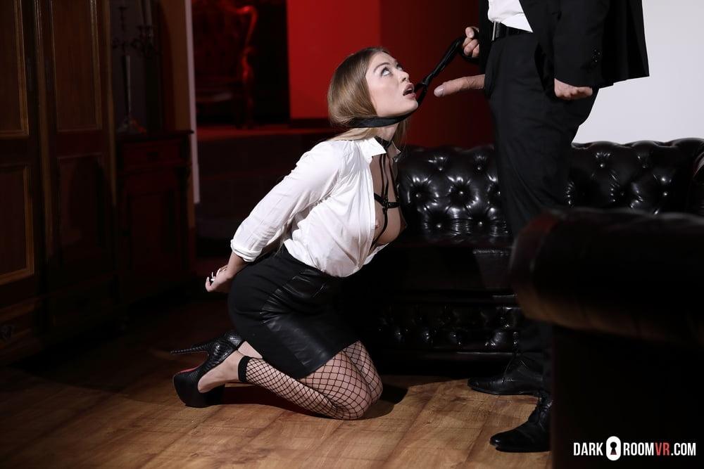 Misha Maver offers her round ass as a bonus - 75 Pics
