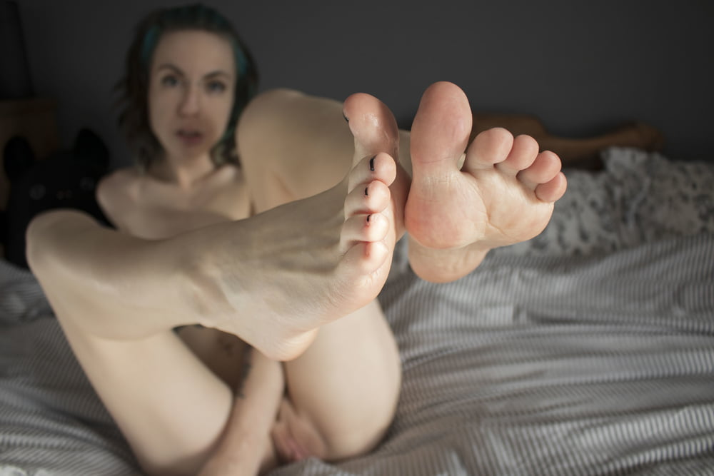 Come perv over me - 27 Pics