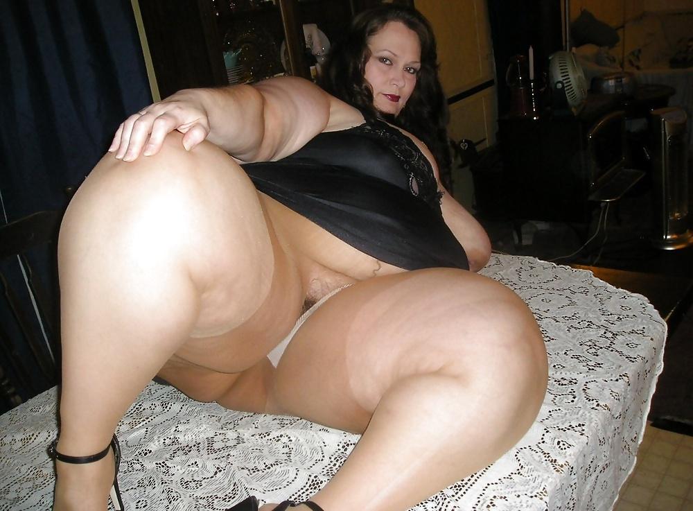 Ssbbw manda fucks her fat pussy - 1 part 5