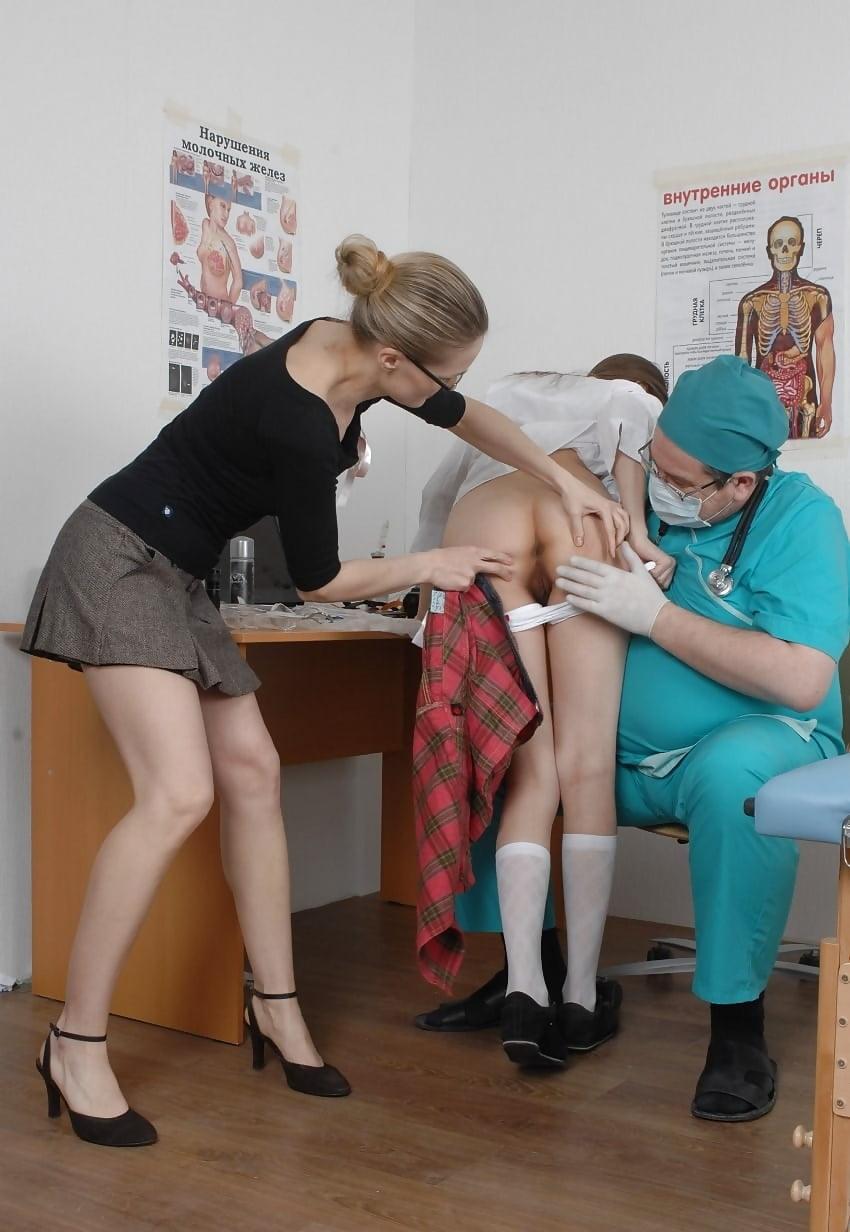 осмотр врачом студенток видео порадуешь