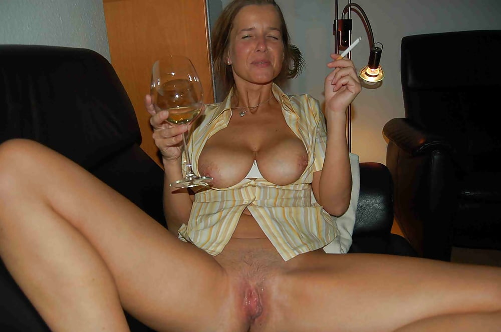 User submitted nude wife pics — img 15