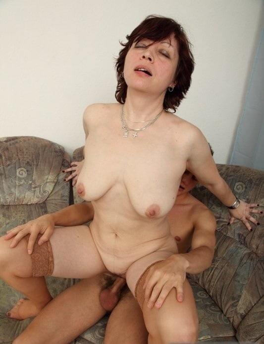 mothers-dirty-dreams-anal