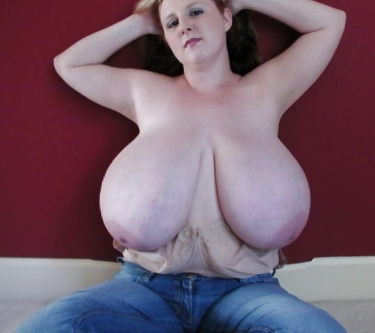 Giant natural tits milf-9736
