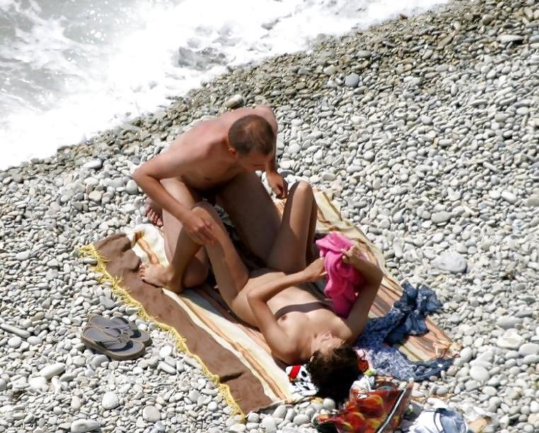 Сладко кончает ххх подсмотренное на море фото ролики секса