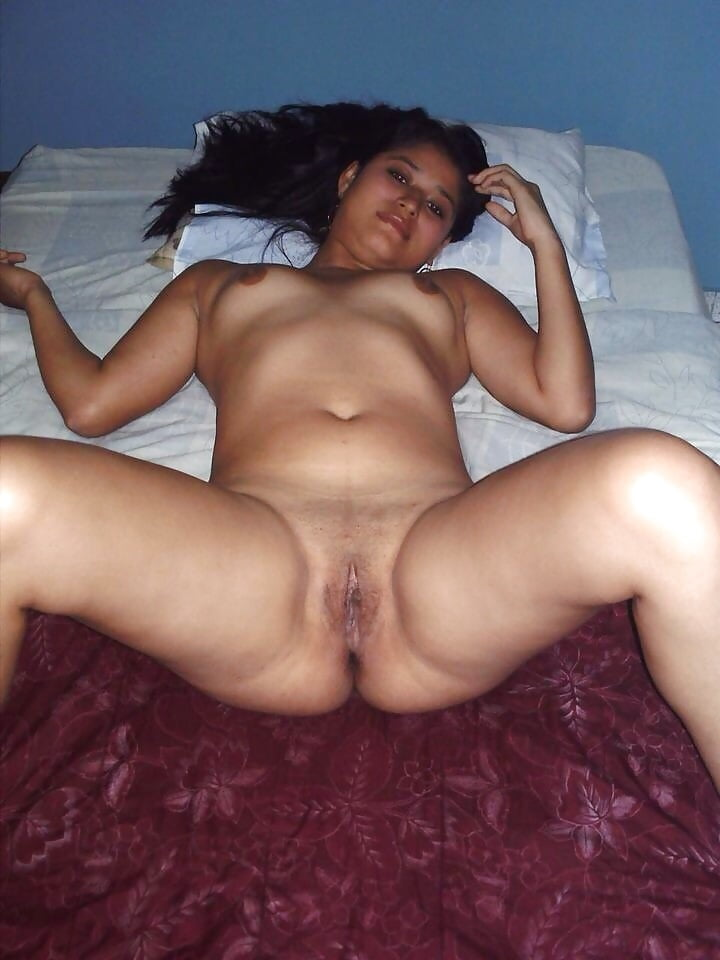 Cute manipur girl taking selfies as she is masturbating pussy