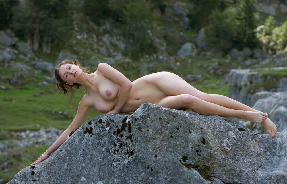 Arab nude dance free porn galery