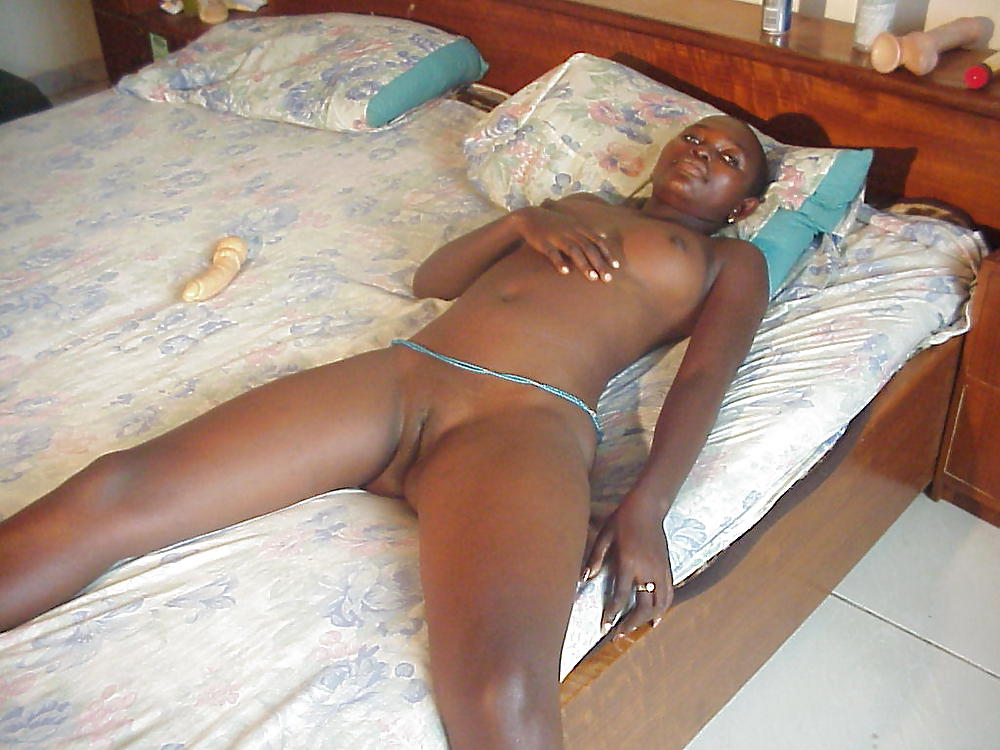 Naked South African Woman Ready To Be Laid