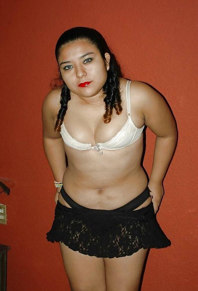 Gordita mexicana gozando con la verga en el culo - 3 part 6
