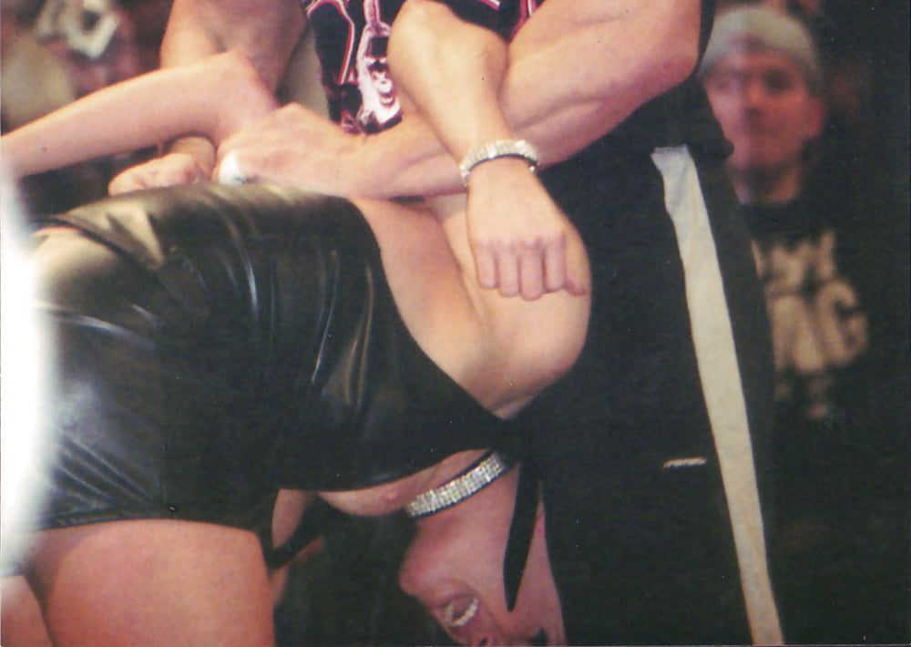 porn-pic-of-how-triple-h-sex-stephanie-mcmahon