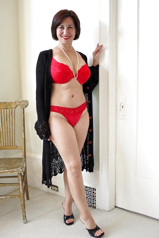 Realwifestories Holly Halston Lezley Zen Diahann Milf Hottie Yes Porn Pics Xxx