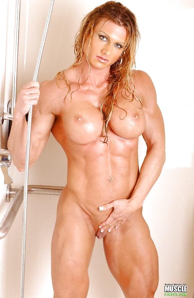 Full Nude Female Bodybuilder Flex Angela Salvagno