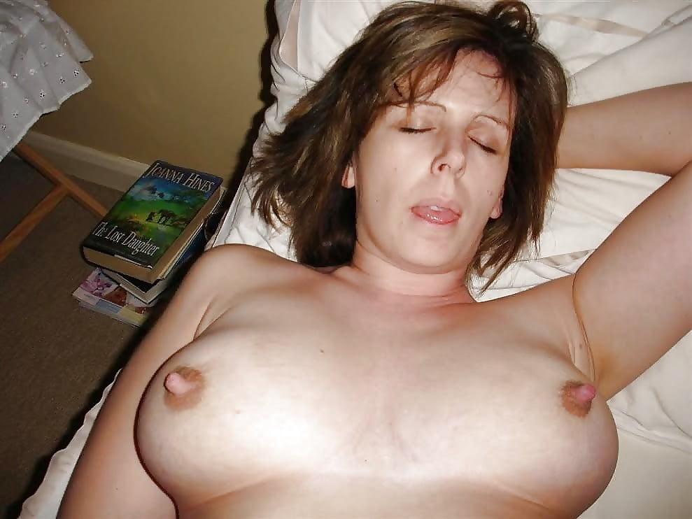 фото соски зрелой женщины зрелищный