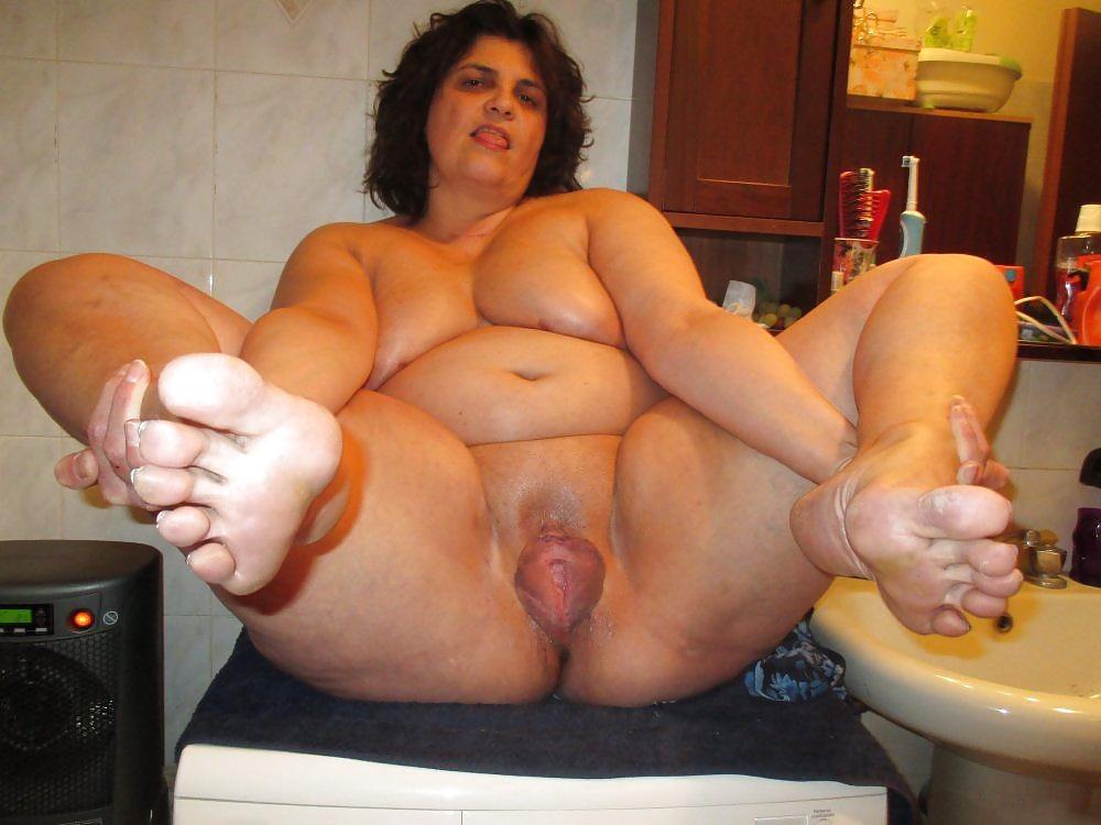 pics Bbw spread pussy
