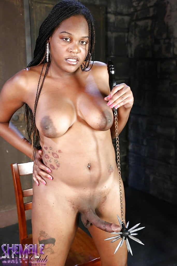 facial-nia-long-nude-hd-yellow