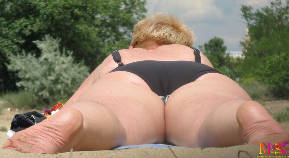 Hairy Ass on the beach (samples)