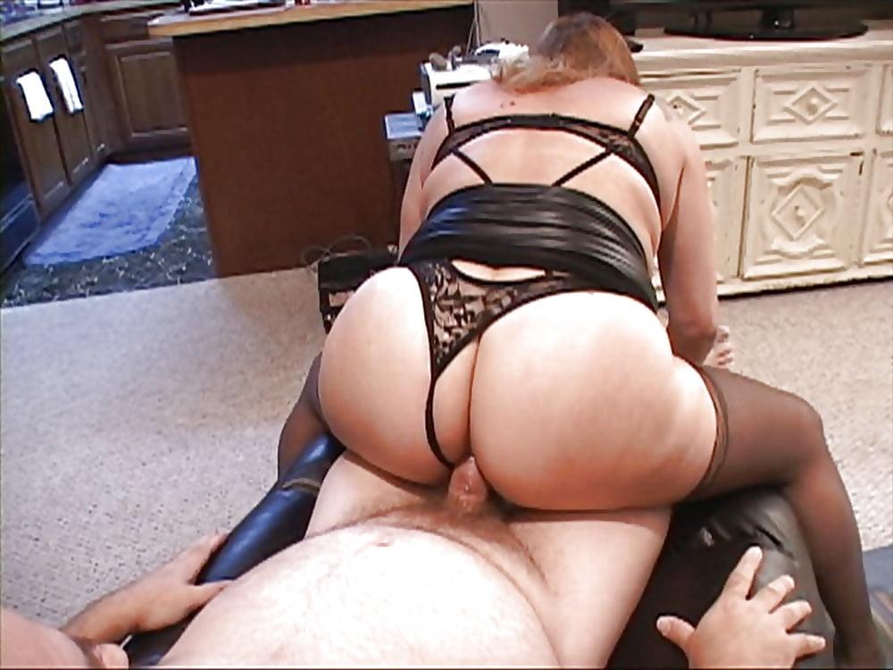 Bubble butt granny porn