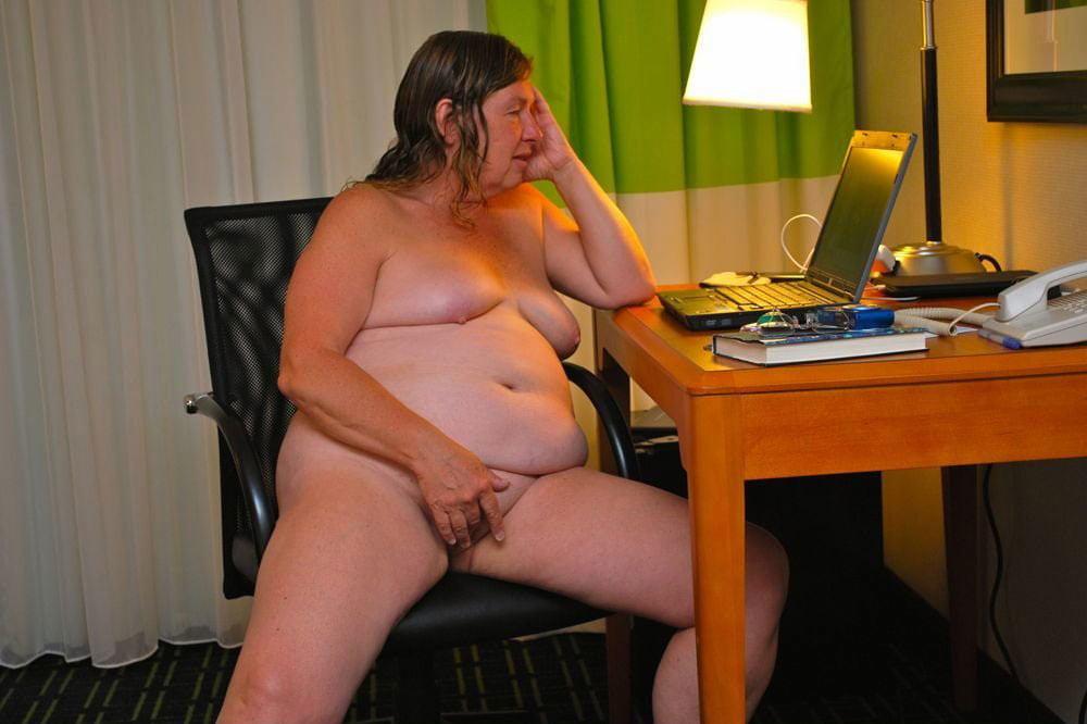 amateur housewife porn videos