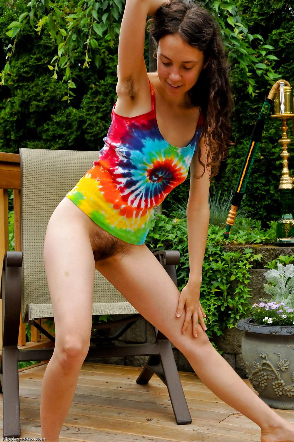 Littlekissmuffin presents oldschool hairy hippy porn - 4 3