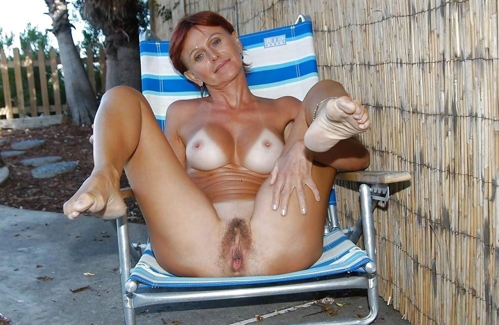 Free Mature Lesbian Sex Images Right