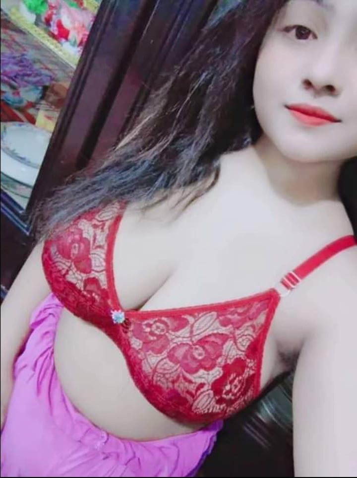 Bangladeshi Beautiful Booby Girl - 6 Pics