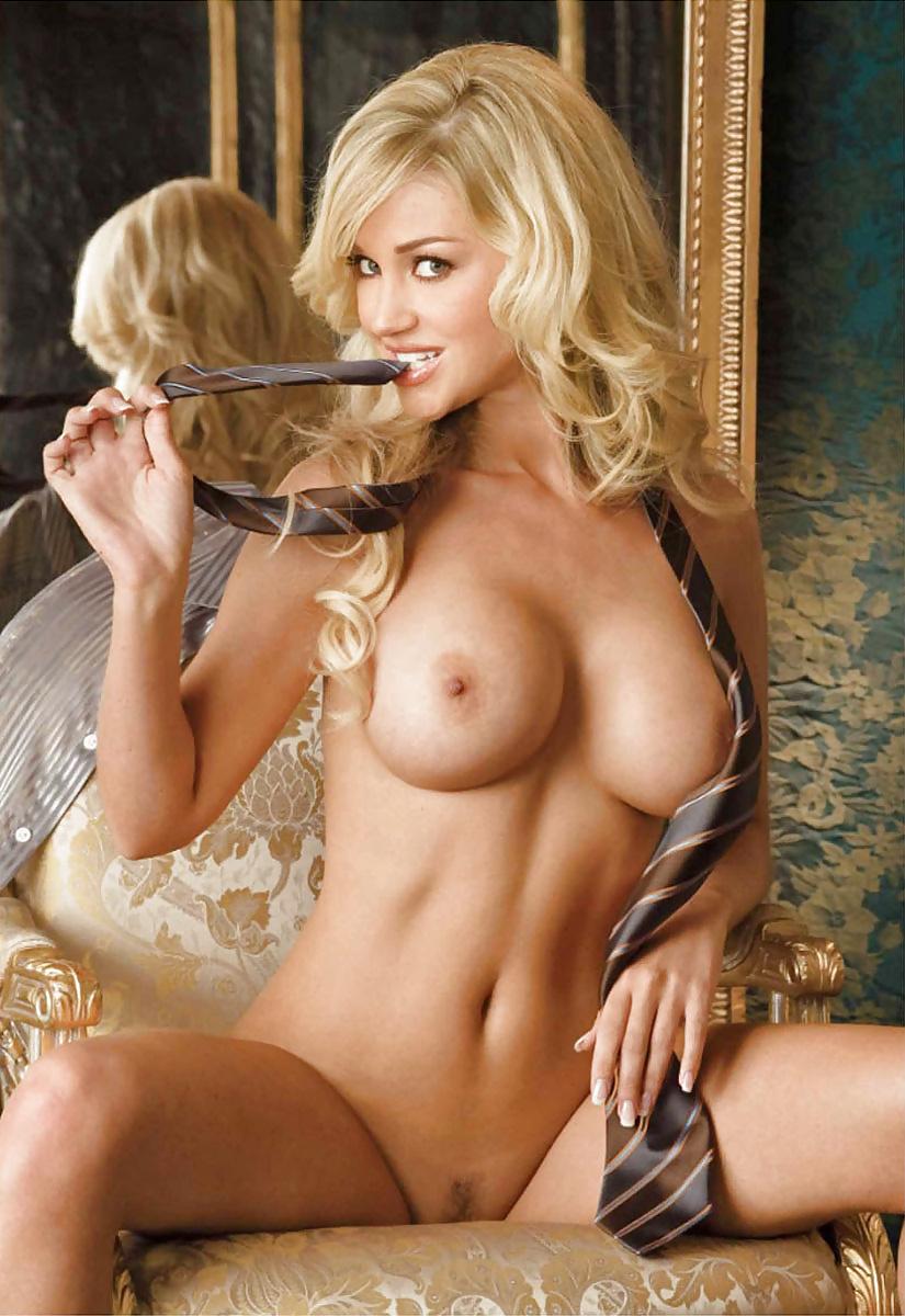 Regina Deutinger Hot