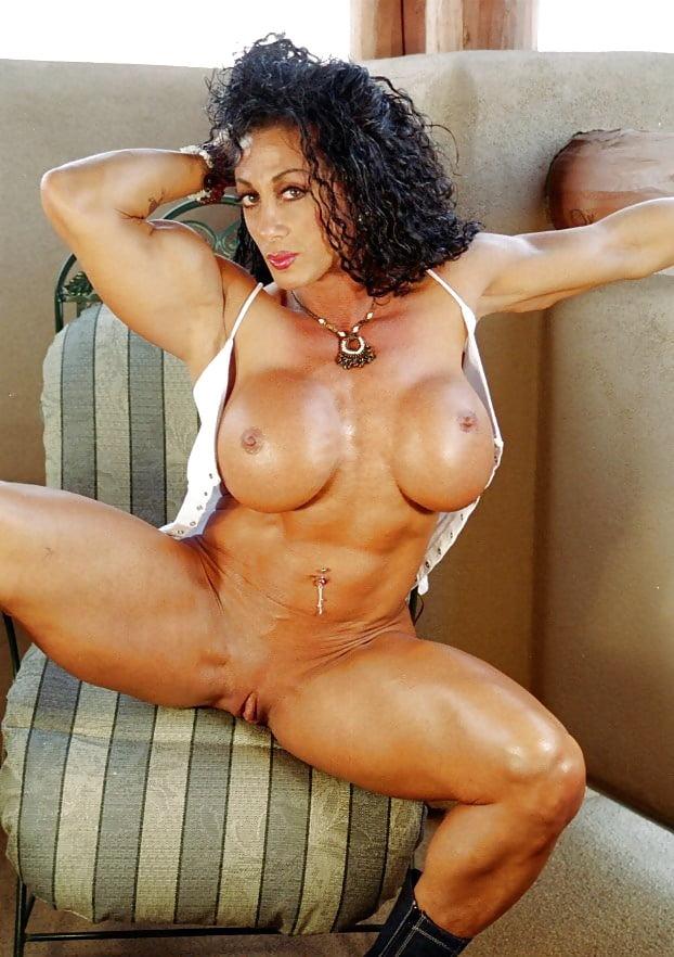 muscular-women-pussy