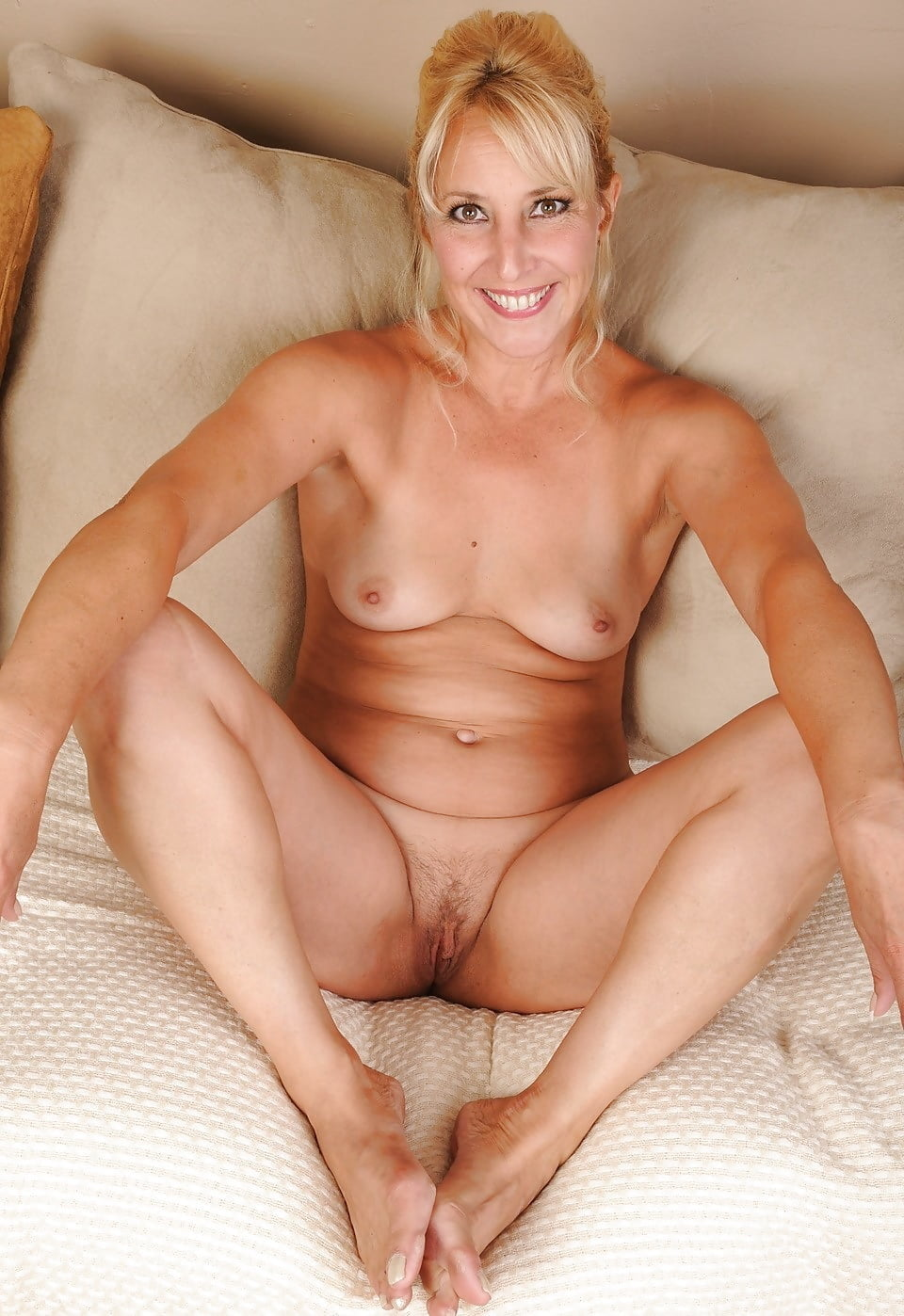 Whitney mature nude pictures, kelly segel naked ass pictures
