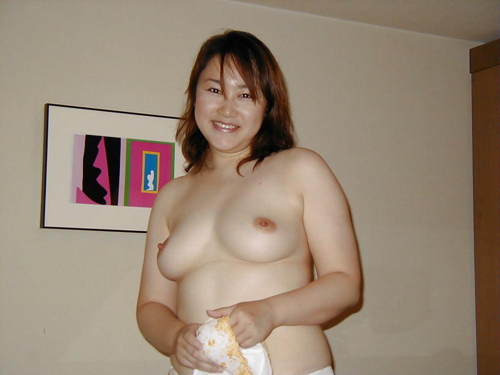 chubby-korea-nude