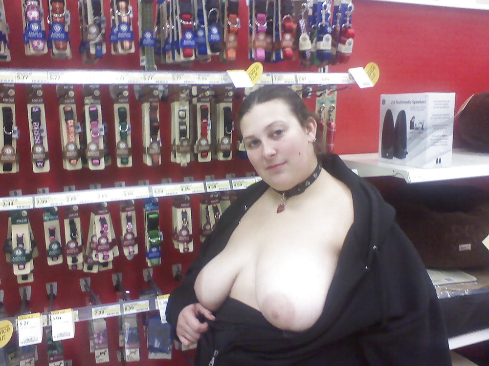 Fat women exposing themselves in public — photo 3