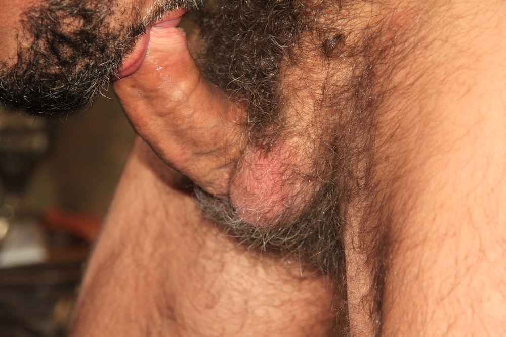 Hung Turkish Guy Getting Blown And Jerking Off His Thick Hairy Cock