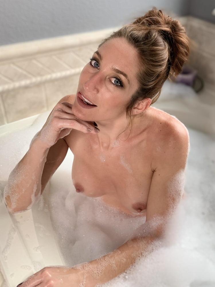 Bath ii- 5 Pics