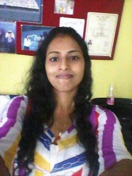 Desi Girl Madhavi - 11 Pics