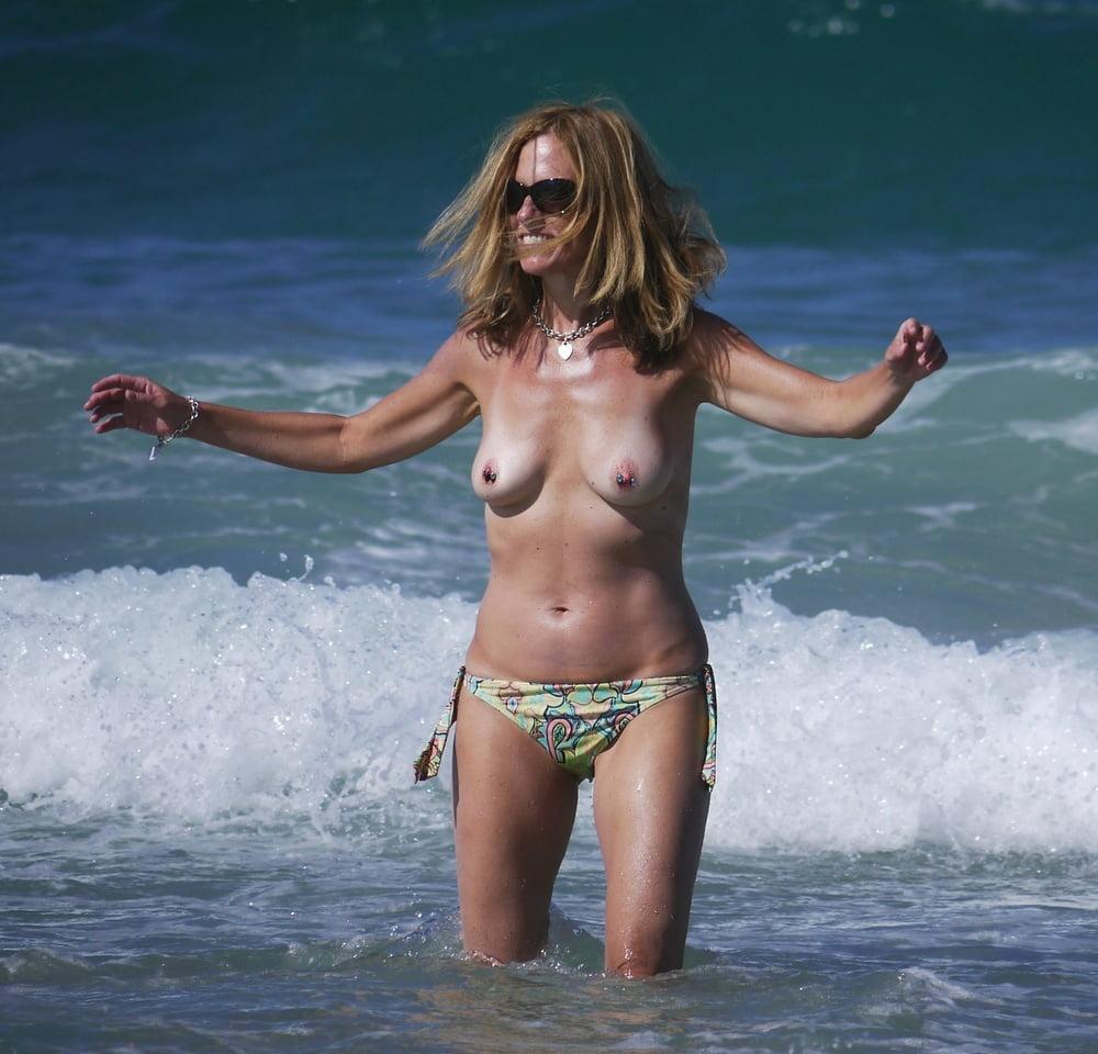 Nude pics of kashmiri girls lesbaians sex miafarmaciapreferita