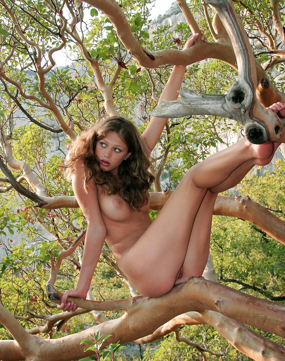 aida-yespica-naked-xxx-janine-habeck