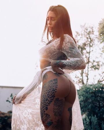 Anahi Gonzales  nackt