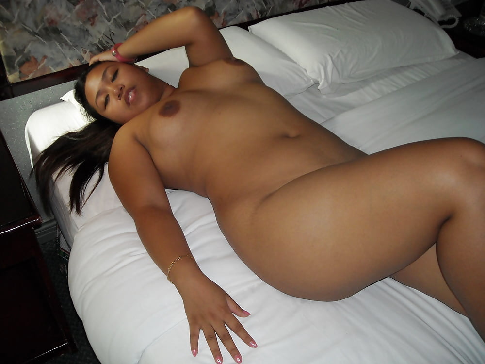 Chubby Latina Nude Ass