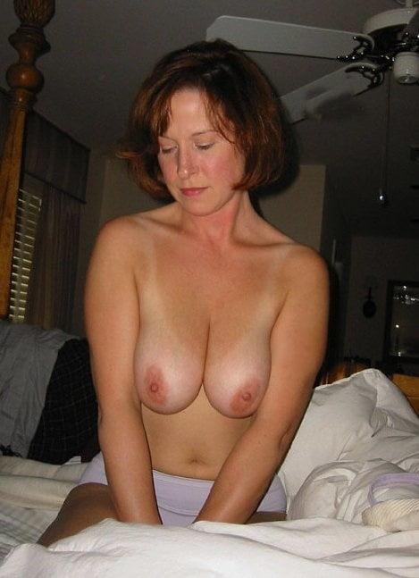 Sexy mommas - 69 Pics