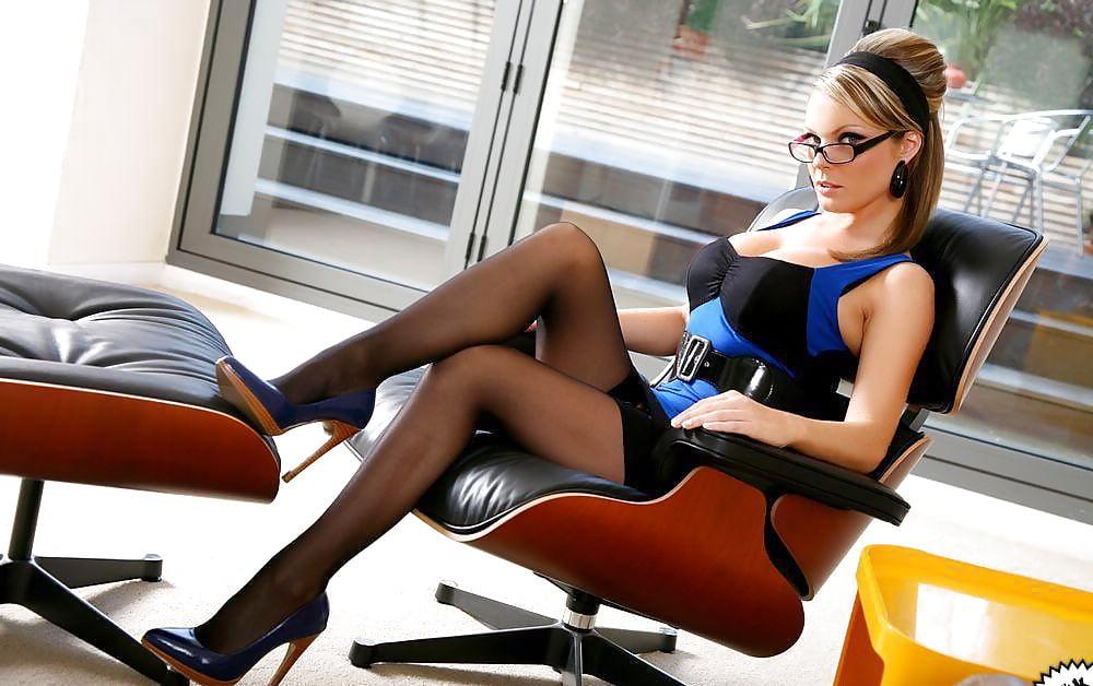 erotika-nezhni-sekretarka