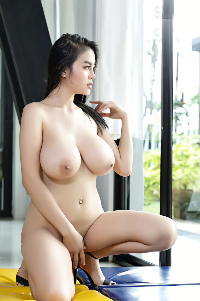 Naked Asian Milf