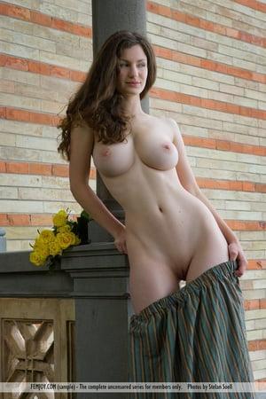 Nude photos female