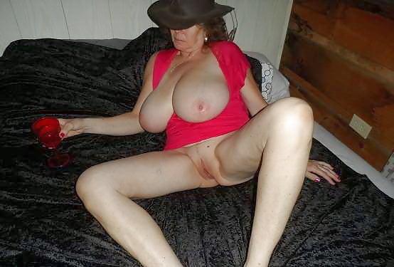Huge tits milf cheating-4208