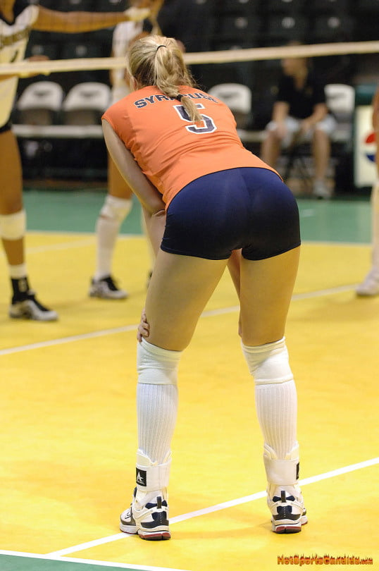 hot-volleyball-girls-big-ass-japanes-porn-girls-public
